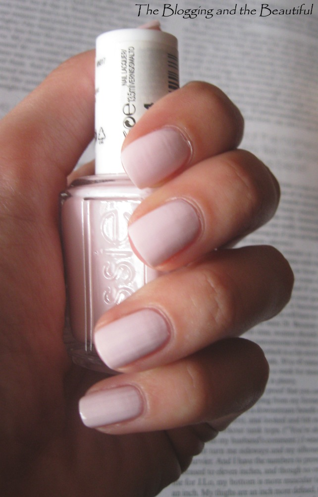 Essie Fiji Swatch Nails
