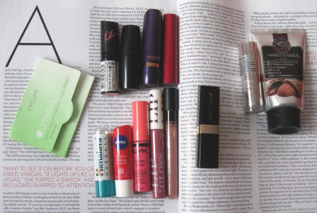 makeup addict tag handbag