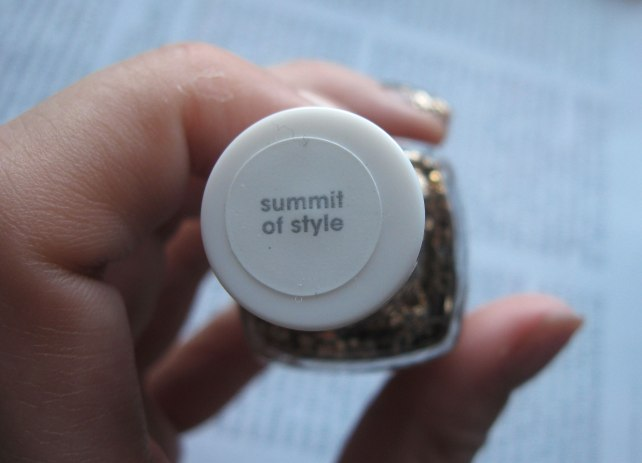 essie summit of style nail polish review swatches